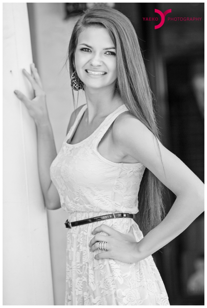 Senior Portrait photographer - Lakewood Ranch